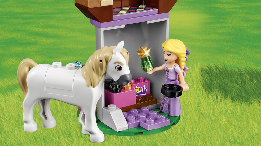 Amazoncom LEGO Disney Princess Elsas Sparkling Ice